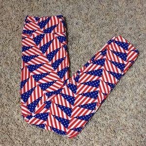 Lularoe Patriotic Flag Leggings OS